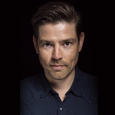 Jacob Tingleff Stand-up Komiker Manuskript forfatter og Konferencier