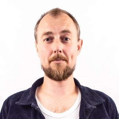 Kasper Nielsen Stand-up Komiker Foredragsholder og Konferencier